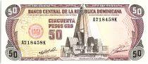 Dominicaine Rép. 50 Pesos Oro, Basilique et Cathédrale - 1991