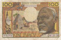 Etats de l\'Afrique Equatoriale 100 Francs ND1963 - Vieil homme, village, éléphants - Série W.23 - D=GABON
