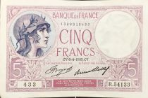 France 5 Francs Helmeted woman 06-04-1933 Serial R.54133 - XF
