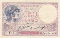 France 5 Francs Helmeted woman 30-08-1928 Serial B.36171- VF