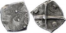Gaule Drachme, Volques Tectosages - Drachme à la tête cubiste - 18 em ex