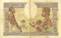 Madagascar 100 Francs Famille, Agriculture et Industrie