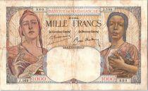 Madagascar 1000 Francs République et femme africaine - 1937