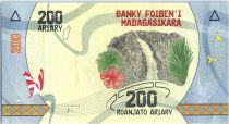 Madagascar 200 Ariary - Cascade - Arbre - 2017