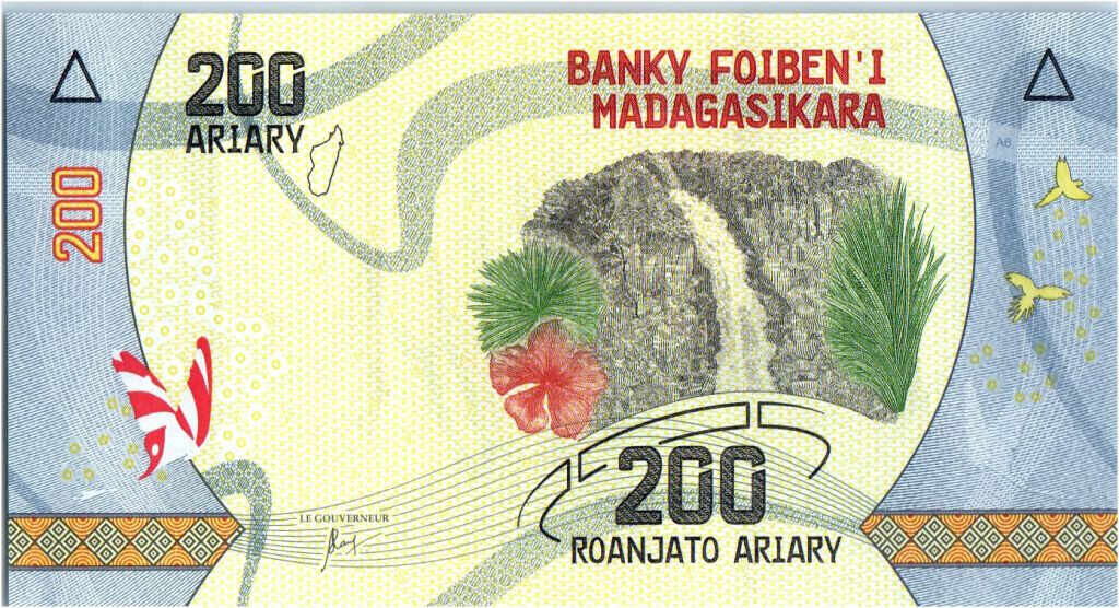 Madagascar 200 Ariary - Waterfall - Tree - 2017