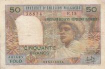 Madagascar 50 Francs Femme à chapeau - 1969 - Série E.15 - TB - P.61