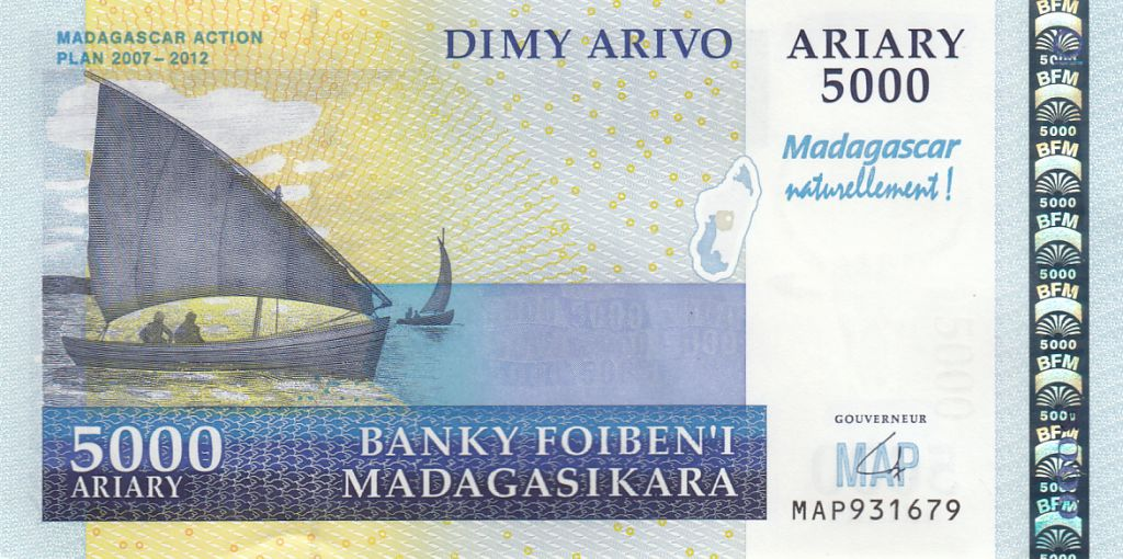 Madagascar 5000 Ariary - Barques de pêches - Plage - Action Plan 2007-2012